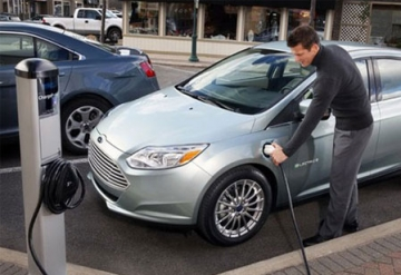 Leviton Charges up Electric Vehicle with an Impeccable 7.7 KW Power