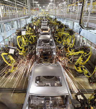 Here's How Robotics is Altering Automotive Manufacturing