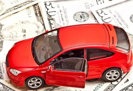 New Data Sources' Contribution to Auto Lending
