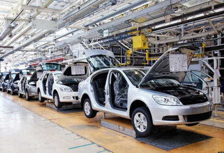 Importance of Manufacturing Analytics in the Automotive Industry